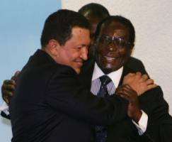 Hugo Chávez, who established Venezuela's current regime, and Robert Mugabe, his counterpart from Zimbabwe in Rome in 2005.