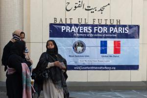 """""""Prayer for Paris"""" at a Mosque in London."""