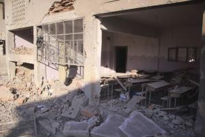 """Due to the destruction of schools and the dramatic reduction in the number of teachers, a """"lost generation"""" is growing up in Syria: school east of Idlib, destroyed by a Russian attack in March 2020."""