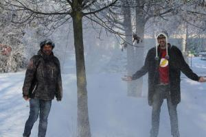 Two volunteers from Brazil and Indonesia experience the  German winter.