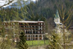 State guests will reside in the new building on the left of Schloss Elmau, where the G7 summit will take place.