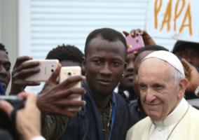 Without immigration, Italy's population would have dwindled: Pope Francis visiting a regional migration centre in Bologna in 2017.