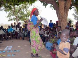 A woman reports from a village planning group in Chad.