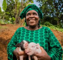 Mourine Yilamonyuy from Cameroon set up an animal-husbandry business that now provides her with a living.