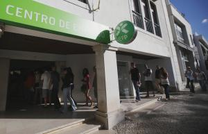 Job centre in  Cascais: for the age group 15 to 24, the unemployment rate is 35 % in Portugal.