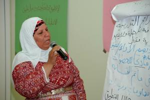 Female councilor in  a planning workshop for women.