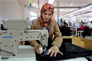 Garment factories create employment for young women, for instance in the village of Kitteh in northern Jordan.