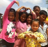 Orphanage children serve as tourist attractions