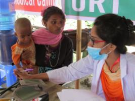Malteser International supports health clinics in refugee camps for Rohingya in Cox's Bazar, Bangladesh.