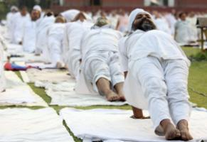 Exercise helps – Yoga camp with topic of blood-pressure reduction in Amritsar in 2013.