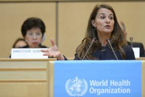 Melinda Gates addressing the World Health Organization (WHO). In 2016/17 14 % of the WHO's budget came from the Gates Foundation.