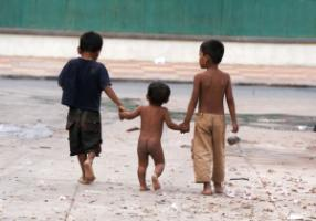 Street children in Phnom Penh.