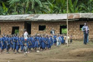 Effective aid is delivered where it is really needed: a school in Cameroon.