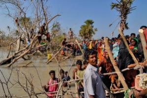 : People in developing countries are more in need of protection against natural disasters than against old age and unemployment: many villages in Bangladesh were destroyed by the storm surges caused by Cyclone Sidr in 2007.