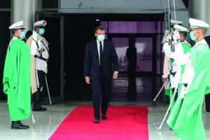 Pursuing geostrategic interests, western powers are still involved in former colonies' politics: Emmanuel Macron arriving in Nouakchott, the Mauritanian capital, in June 2020 to attend a meeting of the regional organisation G5 Sahel.
