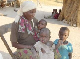 Typical target group of the Kalomo project: grandmother with three grandchildren, whose parents died of HIV/AIDS.