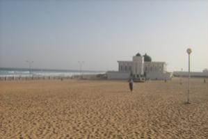 Mosque in Dakar: who will pay compensation for damages when the sea level rises?