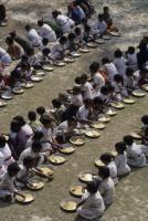 """Emerging-market countries are home to more than half the  people in the world who are living in absolute poverty"": School meals in India, financed by Welthungerhilfe"