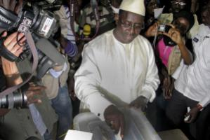 Senegal's new head of state casting his vote