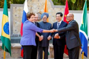 Shared stance in spite of diverging interests: Brazil's Dilma Rousseff, Russia's Vladimir Putin, India's Manmohan Singh, China's Hu Jintao and South Africa's Jacob Zuma at the G20-summit in Mexico in June