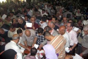 Most returnees are aware of the importance of civil society activities: Journalists electing their trade union represen­tatives in Baghdad in August 2011