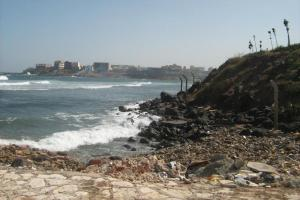 Rising sea levels will make new infrastructure necessary: the Atlantic coast in Dakar, Senegal