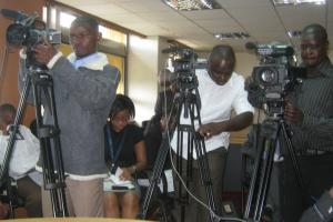 Public interest: press conference at Kenya's Energy Ministry