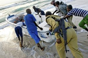 Assault gun on board: Somali fishermen put their boat to sea