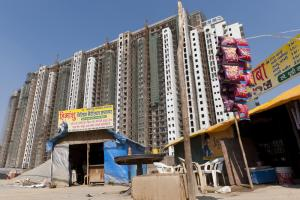 India's cities are growing quickly: a new building in the Delhi metropolitan area